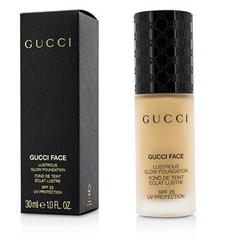 Gucci รองพื้น Lustrous Glow Foundation SPF 25 - #020